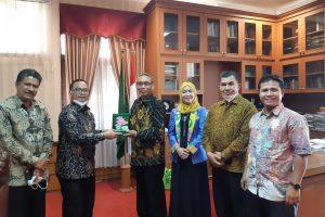 Kunjungan Rektor Ke IAIN Cirebon 2021